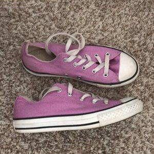 Converse lavender size 2